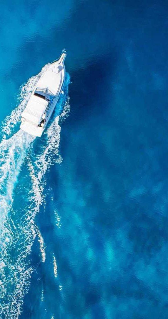 butler_yacht_charter